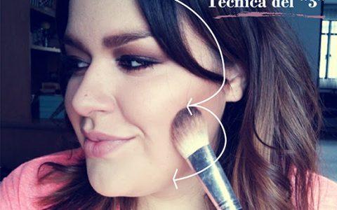 Consejo de maquillaje para mujeres gorditas: La técnica del #3