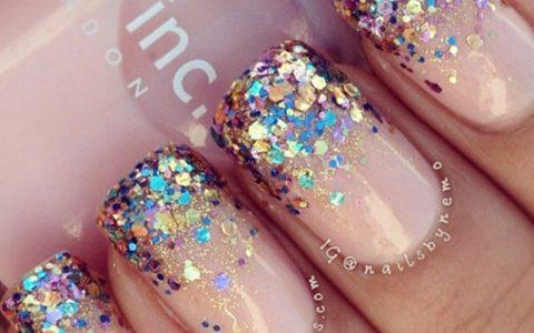 Inspiración: Uñas con glitter para año nuevo