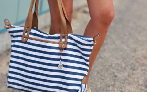 5 Bolsos perfectos para llevar a la playa
