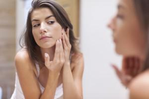 Piel fresca y radiante: ¡Disminuye el tamaño de tus poros!