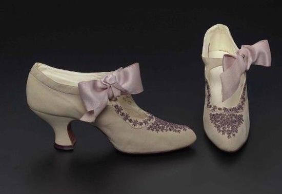 Historia de los zapatos de tacón