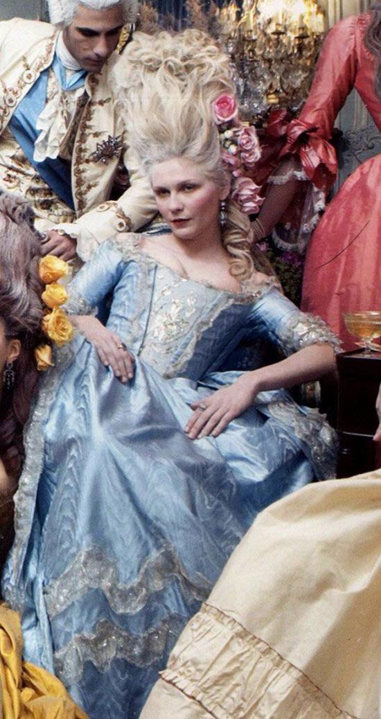 Kirsten Dunst Marie Antoinette Hair