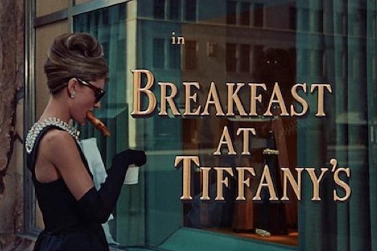breakfast at tiffanys reseña