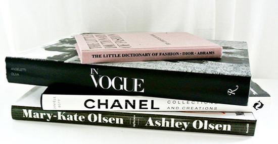 5 libros de moda basicos que no deben faltar en tu librero