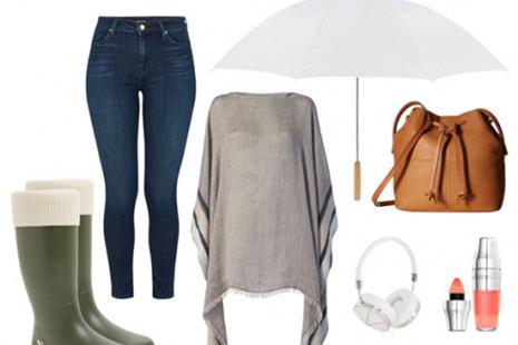 3 Atuendos con botas de lluvia para los días lluviosos de verano