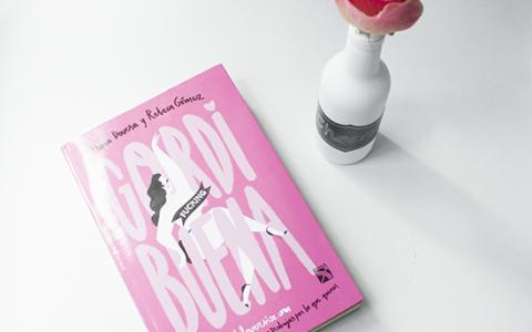 GORDI fucking BUENA: El libro del movimiento #Curvy - Libro gordibuenas