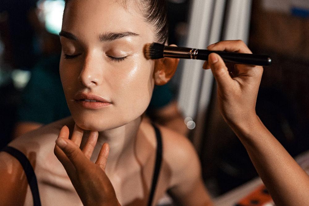 maquillaje tecnica draping