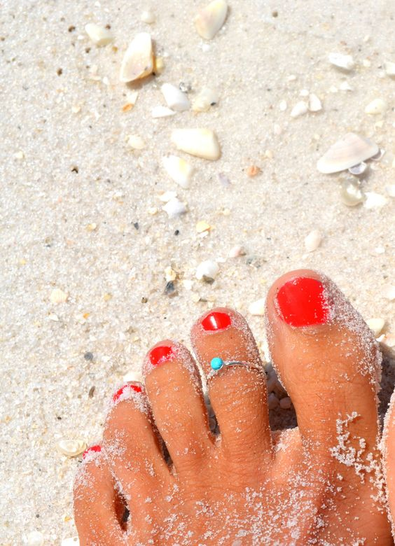 Los accesorios que puedes llevar en los pies este verano