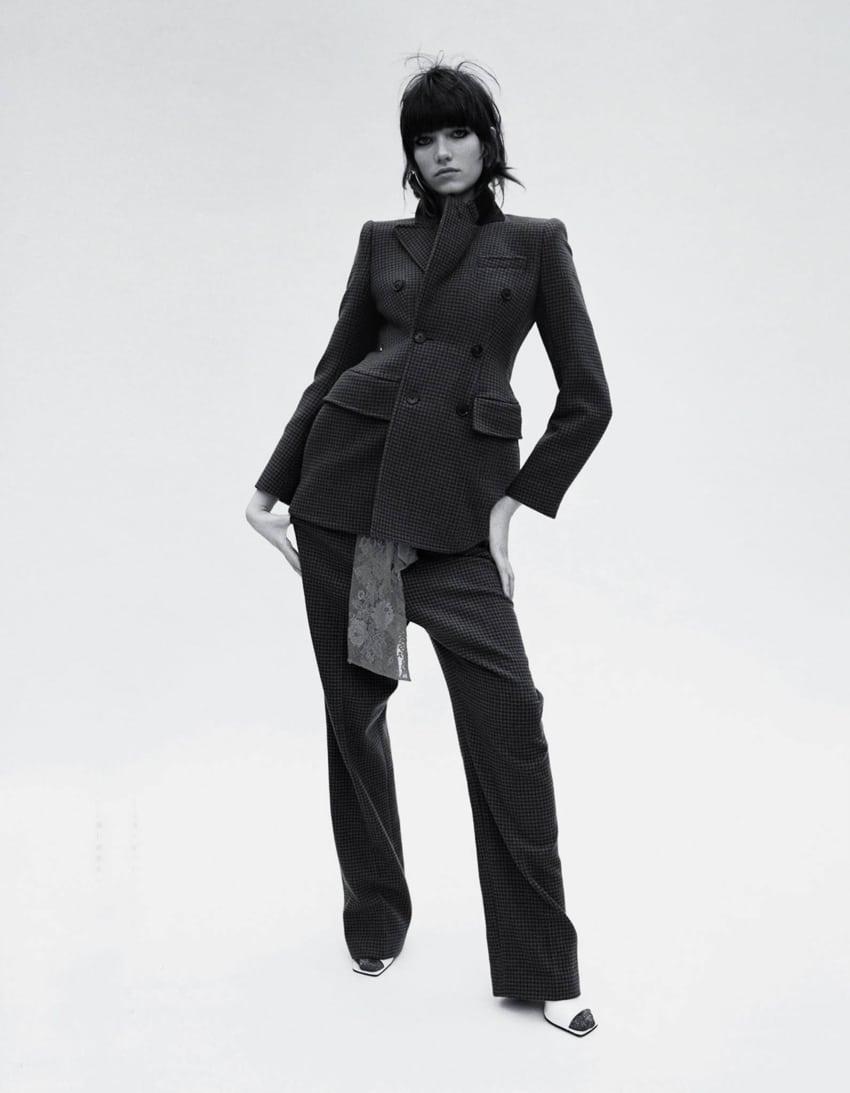Vogue Japón Junio 2017 por Angelo Pennetta, modelo Grace Hartzel