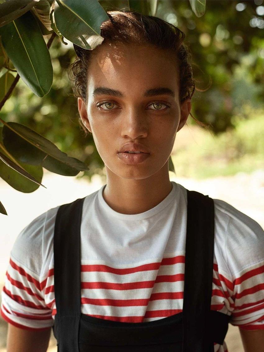 Vogue UK Junio 2017 por Mario Testino, modelo Ellen Rosa